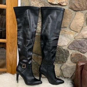 🛍 Qupid thigh-high heeled boots size 8
